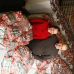 Virpi ja Ville Vinnikainen ottivat tilanpidon ja pakkaamoyrityksen hoitoonsa viime helmikuussa.