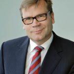 Mikko Helanderin vastaus kaupparyhmien hintasodassa.