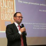 Johan van Johan van Gruijthuijsen esitteli seminaarissa, kuinka EU:n menekinedistämisohjelma uudistuu.